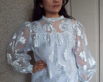 Sheer 80s Silver and White blouse - Medium