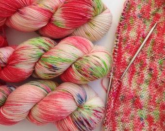 Christmas with Unicorns. Hand painted yarn. Hand Dyed speckled Yarn.Super Soft luxury 100% Merino 100g. 4 ply fingering weight. Unicorn yarn
