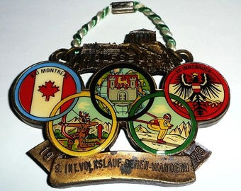 Elaborate medal-9th Int. Race-Wolfsburg-by 1976-Vintage sporting collector badge