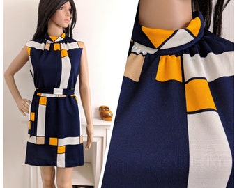 Vintage 1960s Colour Block Navy Belted Mini Shift Dress 60s Mod UK 12 // EU 40 //US 8