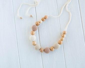 Neutral Teething Necklace / Breastfeeding Necklace - Nursing Jewelry - juniper  wood
