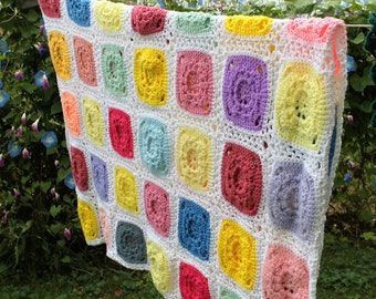 Vintage 1970s Multicolor Granny Square Lap Blanket, Afghan, Throw, 50 X 62