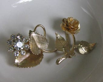 Flower Brooches Gold Toned Two (2) Floral Lapel Pins Vintage Women's Jewelry and Accessories
