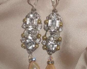 Bridal Earrings Wedding Crystals Earrings Chandelier Earrings Swarovski Crystal Earrings Rhinestone And Drop Pearl Earrings Vintage Earrings