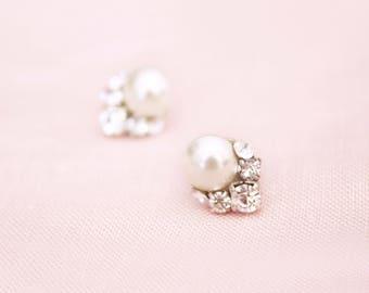 Celestial Pearl Cluster Earrings, Studs, Wedding Earrings, Bridal Earrings, Cluster Earrings, Crystal Earrings, Pearl Earrings, Pearl Studs