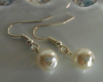Wedding earrings ivory pearls