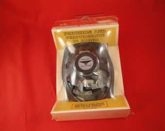 Vintage Realistic 6 x 9 inch rear speaker kit NEW in package MADE in USA