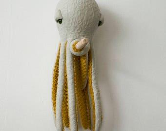 Small POP Octopus