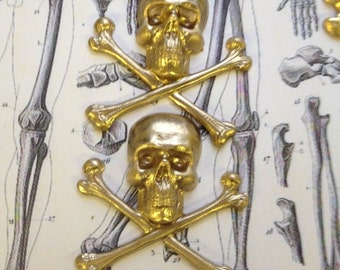 No. 3 Skull and Crossbones large (2 pc)