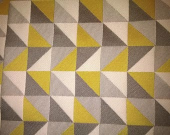 (95) fabric upholstery taupe color, ecru, yellow
