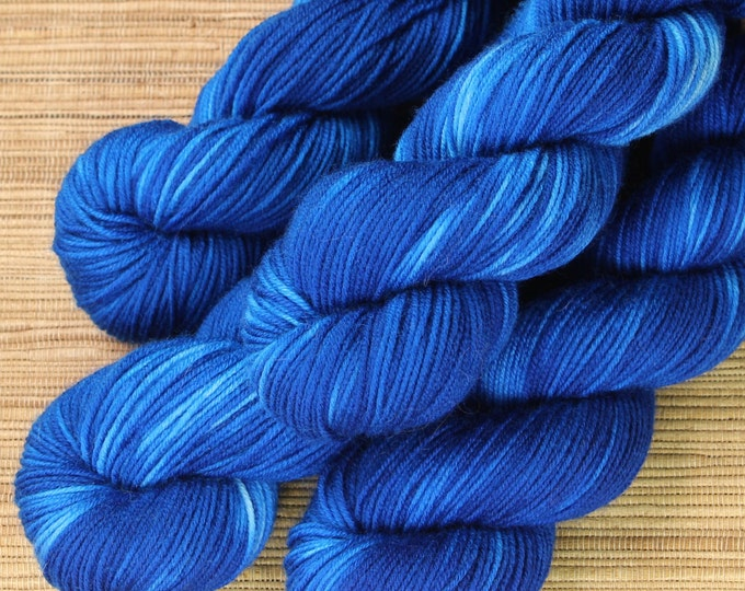 Hand dyed yarn - 50g Extrafine Merino -  fingering weight (4 ply) in 'Pacific' - With free cowl pattern