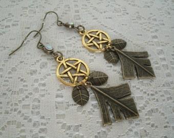 Pentacle Leaf Earrings, wiccan jewelry pagan jewelry wicca jewelry witch witchcraft magic pentagram goddess handfasting wiccan earrings