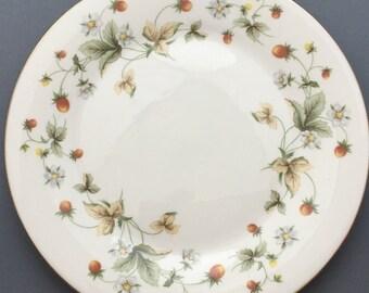 Royal Doulton Strawberry Cream Dessert / Salad Plate