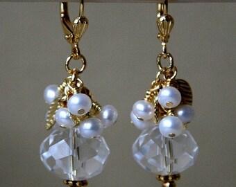 Klar Kristall und Perle Braut Ohrringe in Gold oder Silber