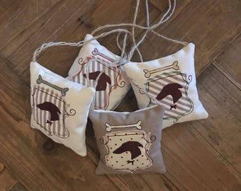 Small Pillow/Cushion Miina Greyhound Greyhound Welcome