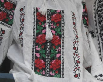 Romanian traditional hand embroidered blouse FREE SHIPPING