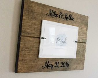 Wedding picture frame, Personalized Wedding date frame, Mr and Mrs frame, distressed, wedding gift, newlywed gift, bridal shower gift