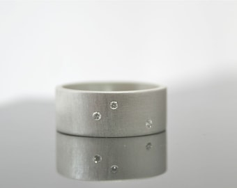 Ready to Ship in some Sizes - Scattered Diamond Ring - Three Stone Ring - Alternative Diamond Wedding Ring - 8 mm Wide Ring