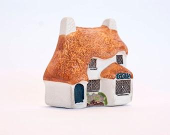 Philip Laureston   Decorative Pottery   UK #712