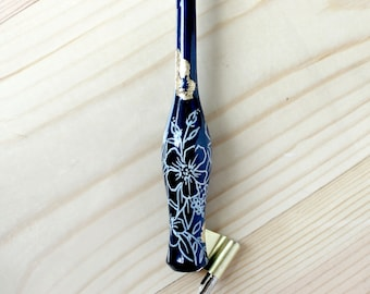 Floral Outlines Wooden Oblique Carrot Calligraphy Pen