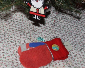 Beautiful Handcrafted Children's Mittens Created From Recycled, Repurposed, Upcycled Sweaters