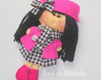 Felt doll brooch Fabric Doll Pin Felt handmade doll Mothers Day gift for mom Felt pin Fabric Brooch Art Brooch Wearable Art Jewelry Textil