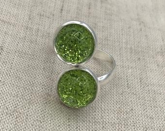 Peridot green glitter ring