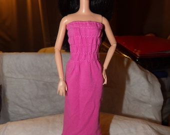 Bright pink rousched top knit dress with ruffle for Fashion Dolls - ed663