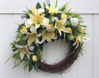 Summer Wreath, Yellow and White Floral Wreath, Front Door Wreath, Artificial Flower Wreath, Spring Wreath, Door Decoration,  Made in Canada