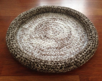 Bed for dog or cat crochet