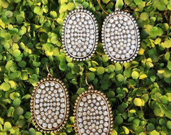 Gorgeous Silver or Gold Oval Rhinestone Earrings