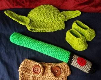 Star Wars Baby Outfit/Yoda/Hat/Booties/Diaper Cover/ Baby/ Baby Shower/Gift