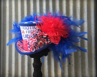 Mini Top Hat, 4th of July hat, Patriotic hat, Flag Hat, Celebration hat, Red white and blue, Alice in Wonderland, Mad Hatter, Small mini