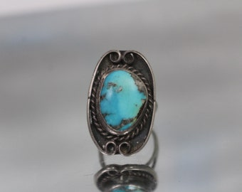 925 - Vintage Native American Blue Turquoise Ring in Sterling Silver
