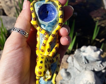 Blue spotted Octopus pipe