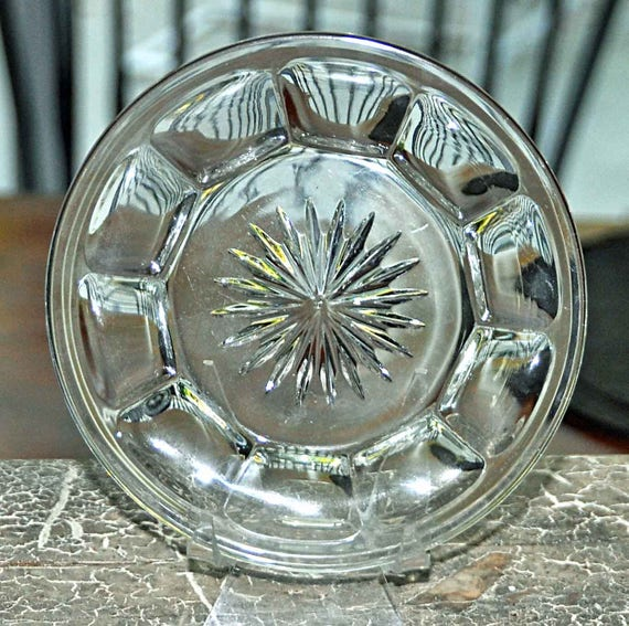 """Vintage C 1940s 5"""" HEISEY Glass COLONIAL PANEL Pattern Plate, Star Burst Center w/ 'H' No chips, cracks, or repairs, Good Vintage Condition"""