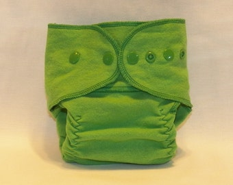 Fitted Small Cloth Diaper- 6 to 12 pounds- Kelly Green- 17020