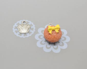 2 resin and silver cupcake charms