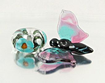 Flowering Vine And Butterfly Lampwork Bead Set