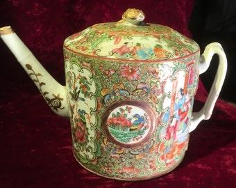 19th century Chinese Rose Medallion  teapot