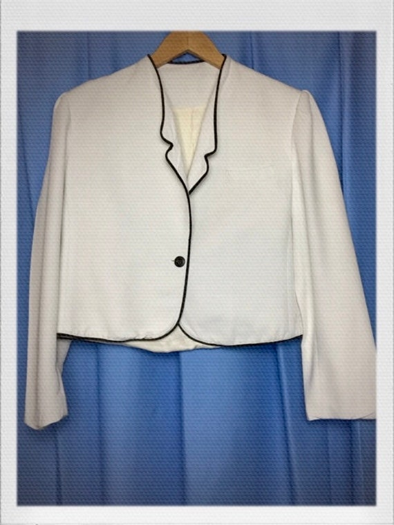 "Vintage Women's Cropped Tuxedo Jacket in White Size Medium to Large 19"" width 19"" length"