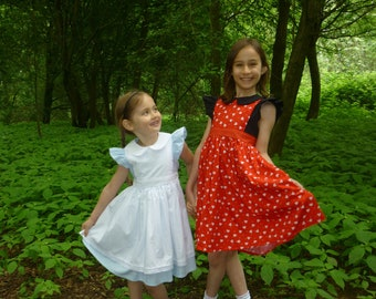 Queen of Hearts dress - girl's Alice in Wonderland outfit - Alice in Wonderland party - Queen of Hearts costume - 6m to 10yrs