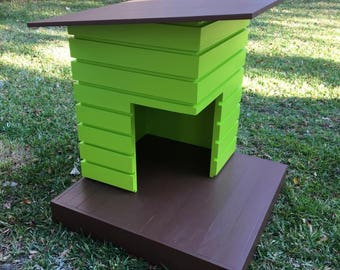 The Pad - Outdoor Dog House