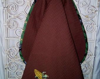 """Tea towel embroidered """"corn"""" to hang handmade"""