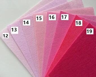 numéro 17 feuille de feutrine unie 15 cm *15cm dans les tons rose