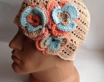 Womens bonnets, au crochet, bonnet, bonnet trapu, bonnet fleur beige, bonnet d'été, tricoter Bonnet, chapeaux femmes tricot, bonnet de coton
