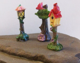 Miniature bird house, lantern and welcome sign: Fairy garden or terrariums mini figurines