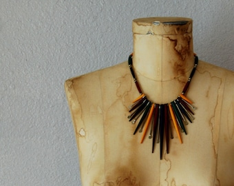 vintage native 1970s wood SPIKES earth tone BOHEMIAN statement necklace
