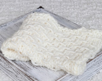 Ivory Bump Miniblanket,Knitted Miniblanket, Thick Knit, Thick wool Miniblanket