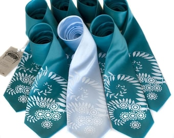 Custom Wedding Set. 7 groomsmen wedding neckties, 20% wedding group discount, matching vegan-safe ties, same printed design
